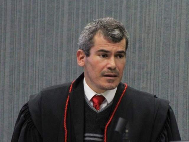 Promotor Douglas Oldegardo Cavalheiro dos Santos. (Foto: Marina Pacheco)