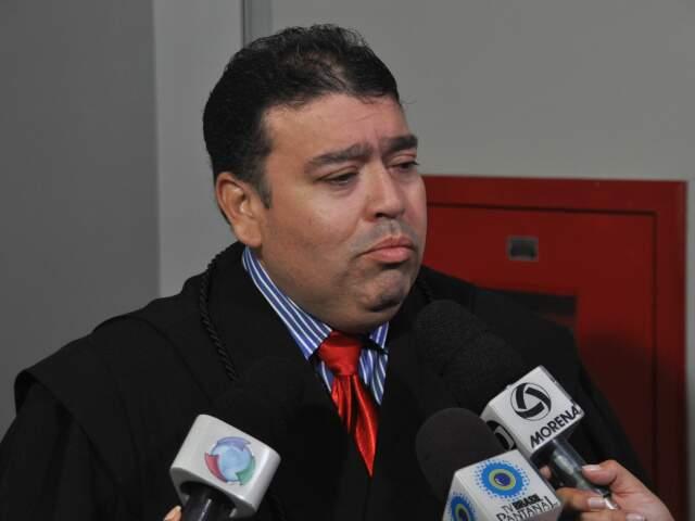 Advogado de defesa quer reduzir qualificadoras de homicídio. (Foto: Marlom Ganassin)