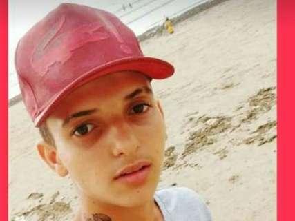 Jovem de 18 anos aparece decapitado e carbonizado em lixão da Capital