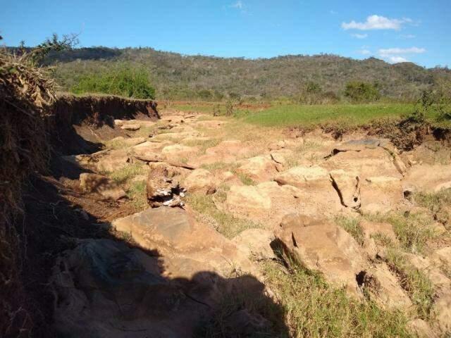 Problema está instalado na região há décadas, dizem moradores (Foto: Divulgação/IHP)