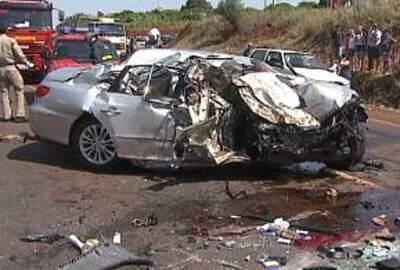 Veículo que levava primo de Teló ficou destruído. (Foto: Meio Norte Notícias)