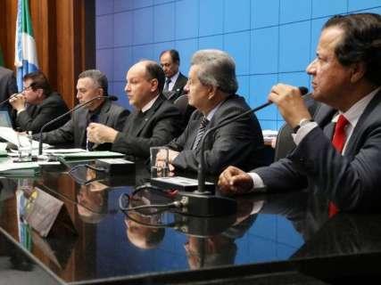 Assembleia retorna atividades com 22 deputados em busca da reeleição