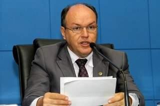 O presidente da AL, Junior Mochi, confirmou que a missão de investigar servidores fantasma na AL ficará com o MPE (Foto: AL)