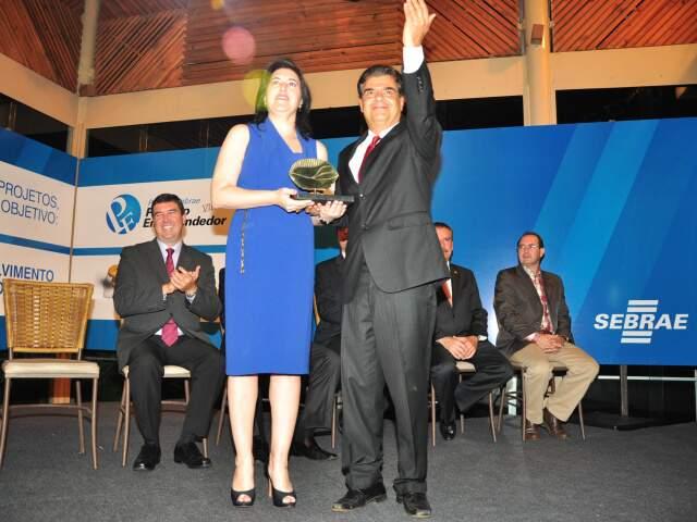 Nelson Trad com a vice-governadora Simone Tebet. (Foto: João Garrigó)