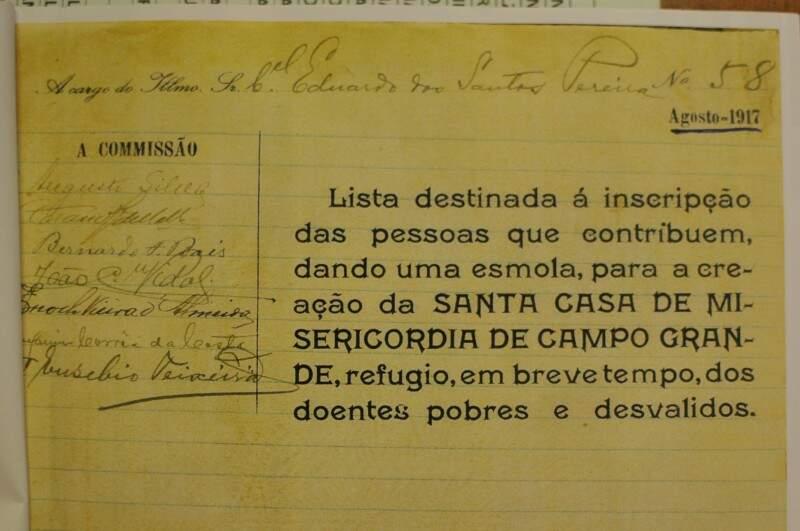 "A partir de 1917, lista recolhia ""esmola"" para a futura Santa Casa de Misericórdia de Campo Grande. (Foto: Alcides Neto)"