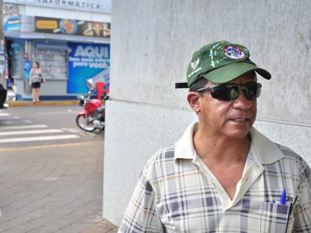 """""""Não sei se é falta de informação ou falta de educação dos motoristas"""". (Foto: João Garrigó)"""