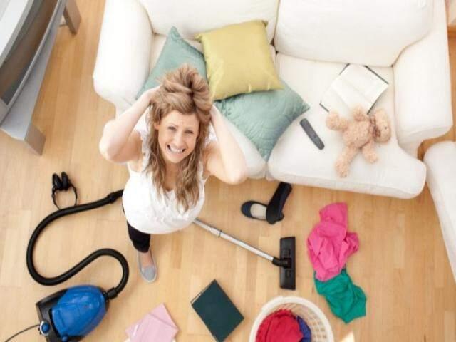 Antes que a bagunça engula a sua rotina, eis aqui algumas dicas de como organizar a casa.