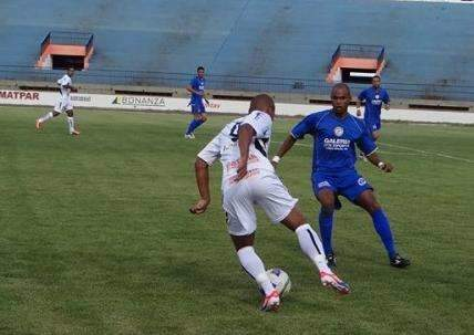 Em jogo de sete gols e duas viradas, Costa Rica vence Ubiratan por 4 a 3