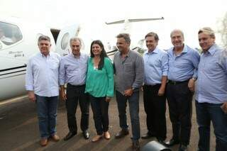Aécio Neves foi recebido por Rose, Reinaldo e outros integrantes e representantes do partido (Foto: Marcos Ermínio)