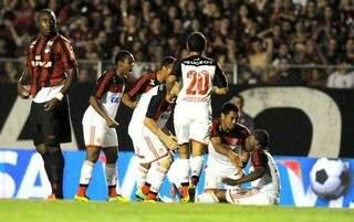 Amaral fez o gol do Flamengo (foto: Globoesporte)