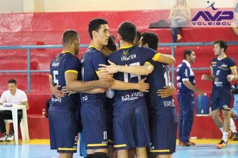 Time campo-grandense perde de 3 a 0 no Paraná e segue sem vencer na Superliga B