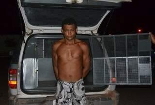 Alisson alega que esfaqueou o companheiro de trabalho em legítima defesa (Foto: Angela Bezerra / Edição MS)
