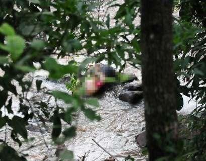 """""""Madrinha"""" do PCC é presa por envolvimento em decapitação"""
