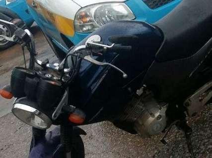 Adolescentes de 16 anos são detidos por roubo de motocicleta