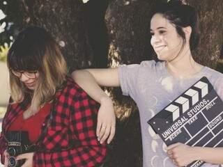 Amigas por acaso, meninas são craques nos clipes românticos em Campo Grande
