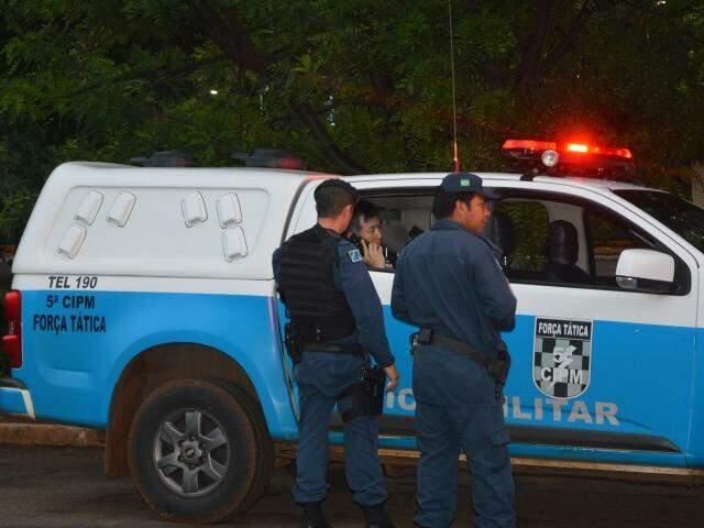 Policiais alegam que isolaram Moon em sua sede apenas por motivos de segurança (Foto: Simão Nogueira)
