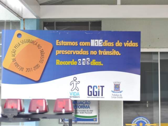Pela primeira vez, placar marca 15 dias sem acidentes com morte em Campo Grande. (Foto: Marlon Ganassin)