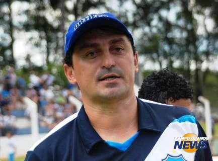 Ubiratan perto de renovar com treinador Douglas Ricardo para 2014