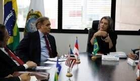 Ministra Cármen Lúcia em reunião na semana passada com presidentes de tribunais de Justiça do Norte (Foto: Carlos de Souza/TJ AM)