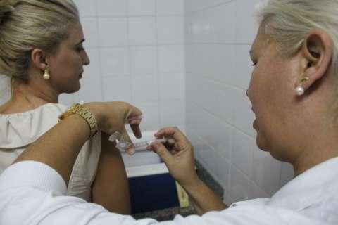 Equipes percorrem município para garantir meta de vacinação da gripe