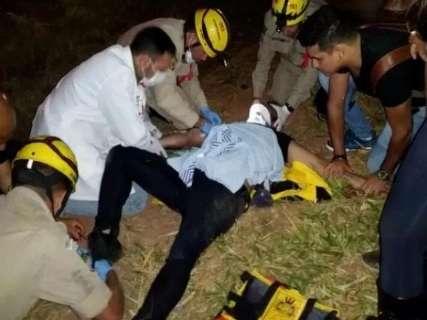 Cantor sertanejo Cristiano Araújo e a namorada morrem em acidente