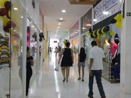 Manhã foi tranquila e lojistas esperam black friday mais movimentada à tarde