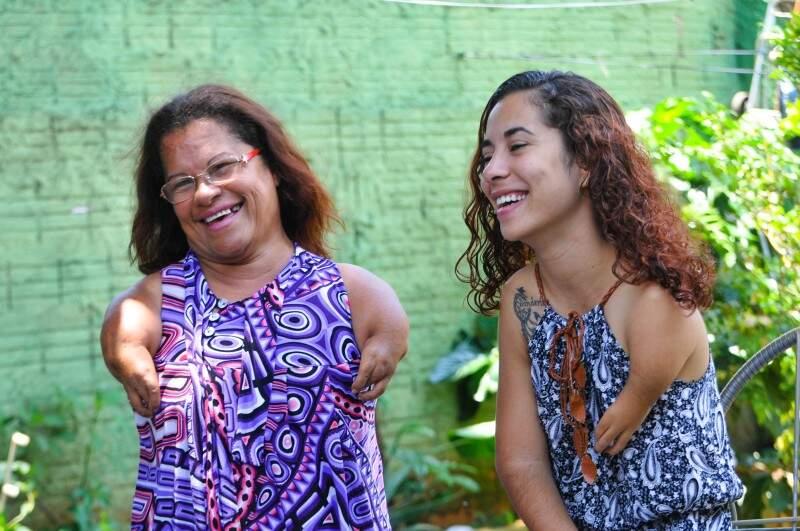 O amor entre mãe e filha supera todos os obstáculos. (Foto: Alcides Neto)