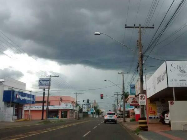 Tempo ficará nublado durante a tarde. (Foto: Priscilla Peres)