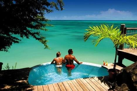 A ilha de Antigua é uma das mais visitadas do Caribe. (Foto: Divulgação)