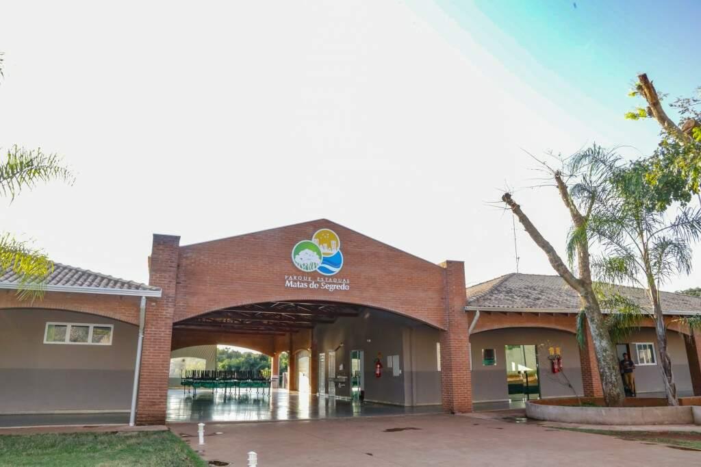 Receptivo do Parque Estadual Matas do Segredo no final da Rua Josefina Mingareli, no bairro Jardim Presidente, na região do Nova Lima (Foto: Kisie Ainoã)