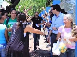 Houve correria de candidatos na Uniderp. (Foto: Marina Pacheco)