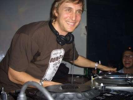 Indefinida entrada de menores em show do DJ David Guetta