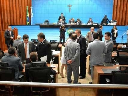 Gaeco investiga diálogo de deputados sobre fraude em folha de ponto