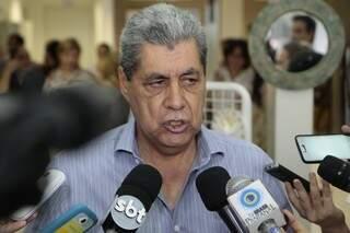 Governador voltou a falar sobre possível candidatura ao Senado em 2014 (Foto: Cleber Gellio/Arquivo)