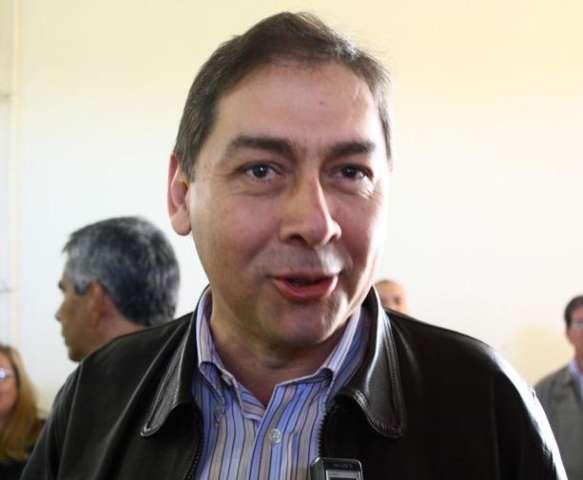 Bernal diz que está fechado com Dilma e ainda conversa com Delcídio