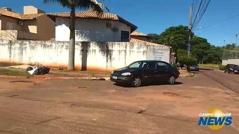 Buracos tornam cruzamentos ainda mais perigosos