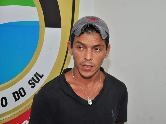 Tiago Mizael é acusado de ter jogado a gasolina na vítima.
