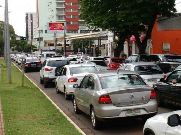 Avenida Afonso Pena congestionada (Foto: Marcos Ermínio)
