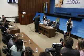 Governador autorizou  hoje a transferência de R$ 9,2 milhões (Foto: Cleber Gellio)