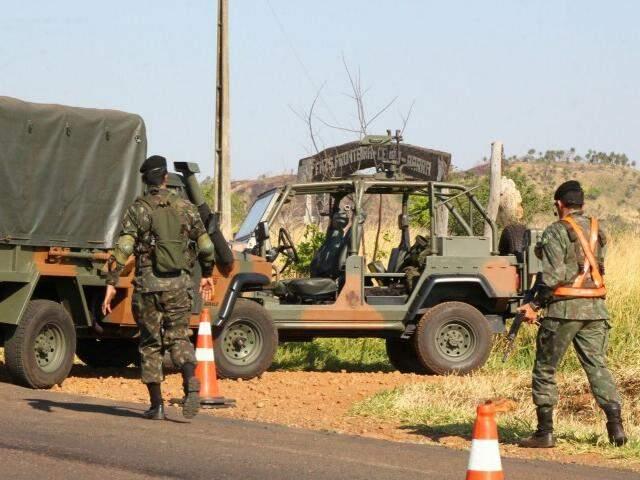 Forças Armadas poderão fazer vistorias em presídios para apreensão de armas e objetos ilícitos. (Foto: Marcos Ermínio/ Arquivo)