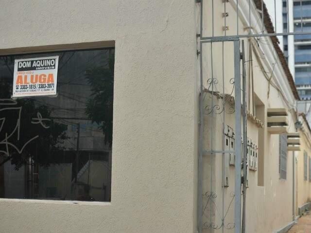 Entre dezembro e fevereiro, senhorios aproveitam para ocupar imóveis (Foto: Alcides Neto)