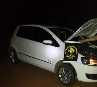 Carro havia sido roubado em Brasília/ DF (Foto: Divulgação)