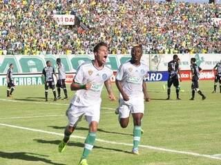 O uruguaio Eguren marcou o primeiro do Palmeiras (Foto: João Garrigó)