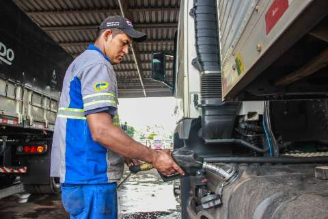 Postos repassam queda do ICMS e diesel tem redução de R$ 0,15 em MS