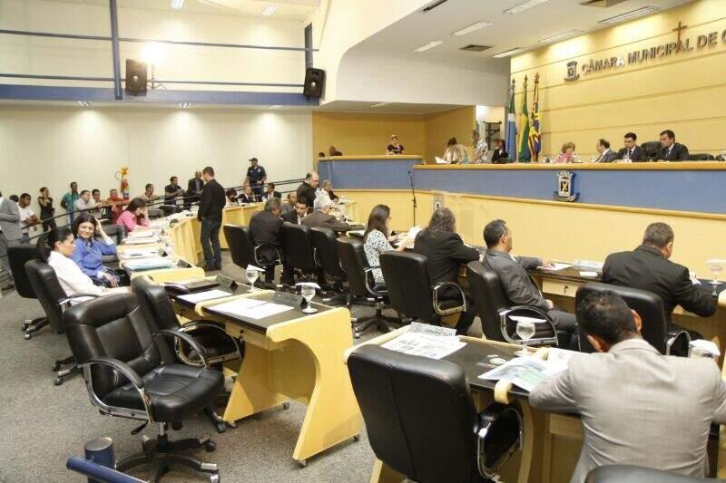 Vereadores definem hoje, por sorteio, substituição de membro cassado pelo TRE-MS (Foto: Cleber Gellio / Arquivo)