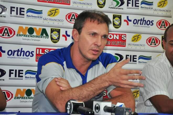 Apresentado em janeiro, ex-goleiro permaneceu pouco mais de um mês à frente do Furacão Amarelo. (Foto: João Garrigó/Arquivo)