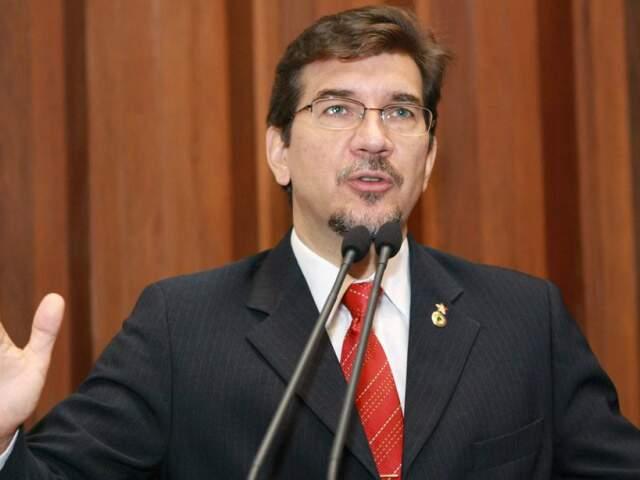 Deputado pediu para prefeitura flexibilizar a exigência do uso do cartão (Foto: Divulgação/Giuliano Lopes)