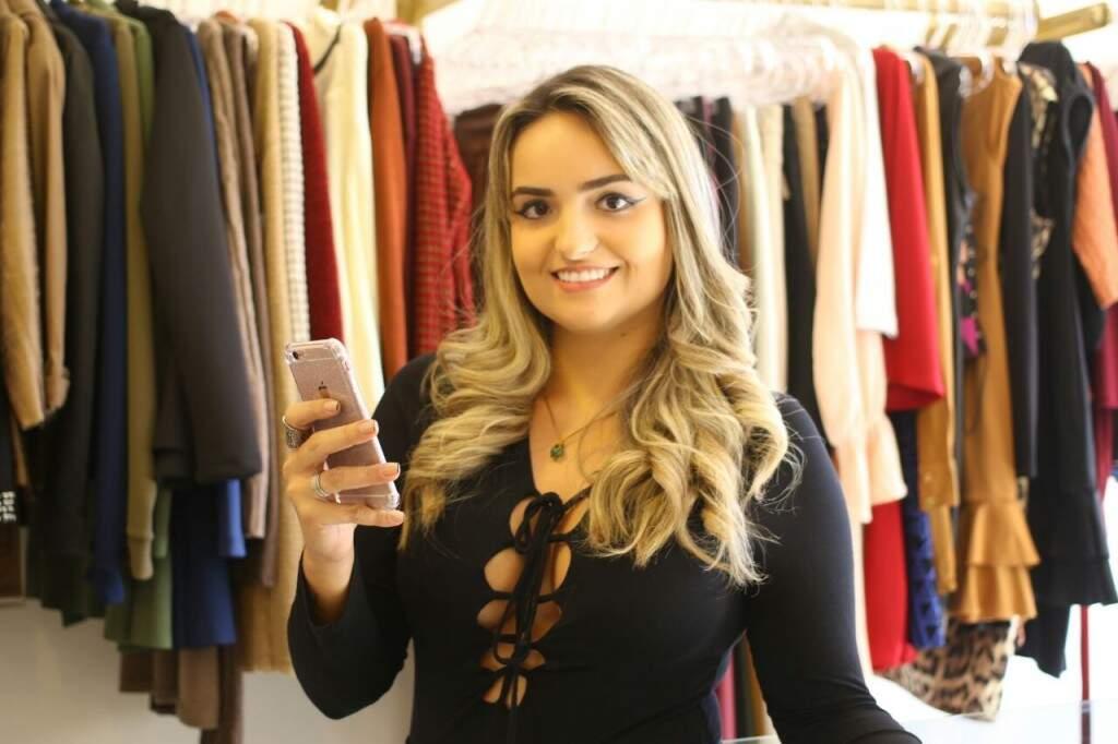 A empresária revela que o número de trocas e devoluções de sua loja diminuíram após o uso do recurso on-line. (Foto: André Bittar)
