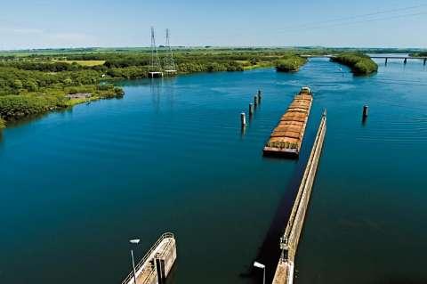 Seminário apresenta plano de melhoramento da hidrovia Paraná-Tietê