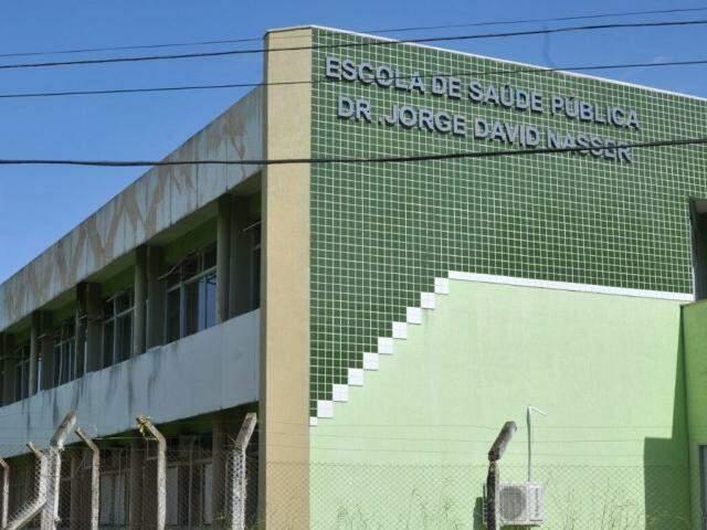 Escola de Saúde Pública de MS passará por reforma. (Foto: Alcides Neto)